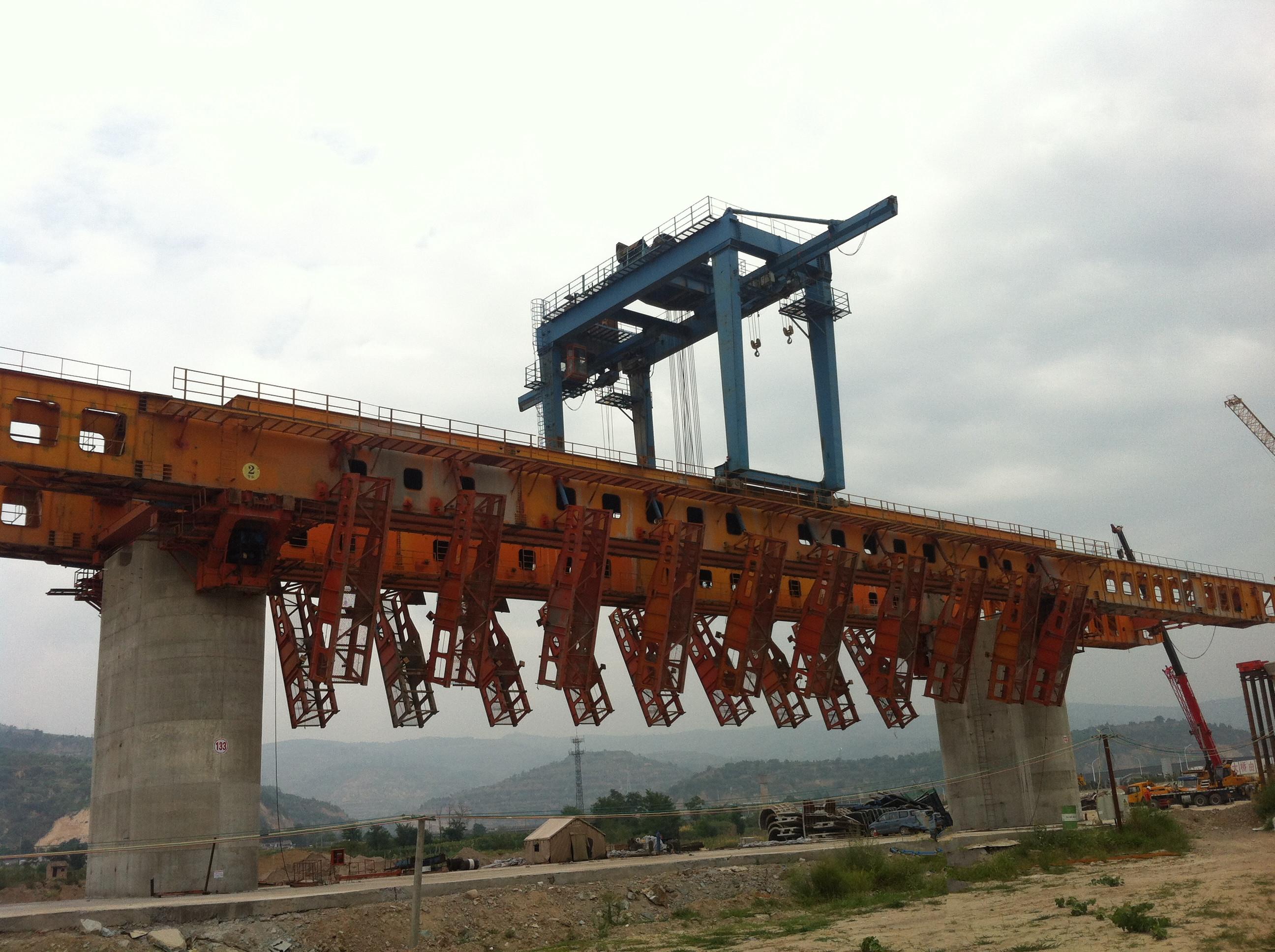 165架桥机安全监控报警器接线图